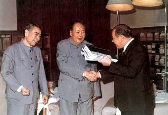 周恩来、毛沢東、田中角栄